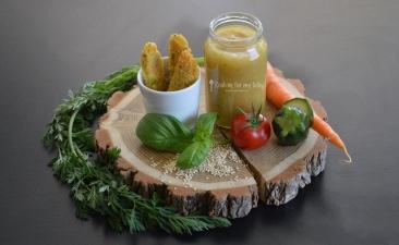 recette-bebe-Batonnets-de-quinoa-parmesan-et-petits-legumes-puree-de-tomate-courgette-basilic-Des-12-mois